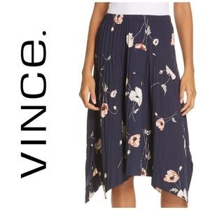 Vince Tossed Poppy Navy Pleated Skirt